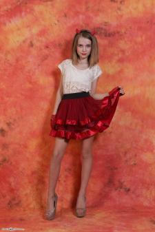 sj-Evy-redskirt-1_00032.jpg image hosted at ImgDrive.net