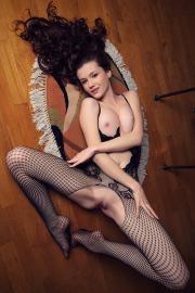 Emily-Bloom-Dunesa-i6tdb7nfnu.jpg